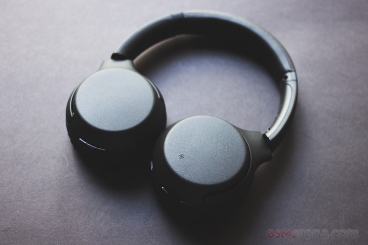 Sony Wh Xb700 Extra Bass Wireless Headphones Review Gsmarena Com News