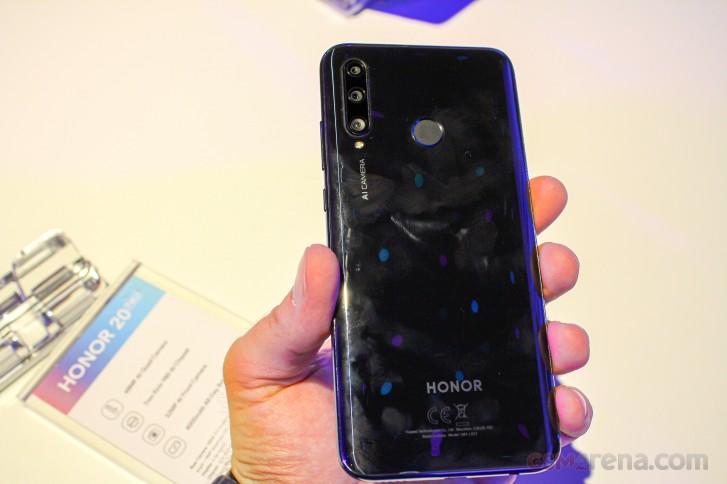 Honor 20 Lite hands-on - GSMArena com news