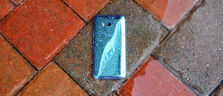 HTC U11 finally starts receiving Android 9 Pie update
