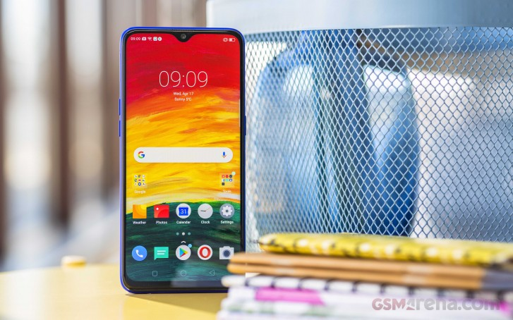 Realme C2 models to be sold offline too
