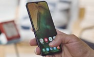 Our Samsung Galaxy A40 video review is up