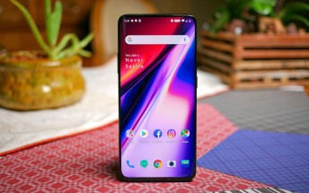 OnePlus 7 Pro selling ten times better than Galaxy S10+ in China