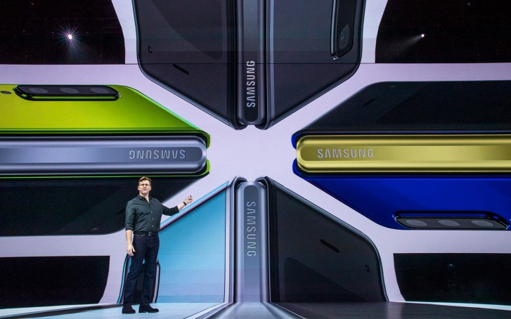 Samsung is planning to launch an outward-folding phone ahead of the Huawei Mate X