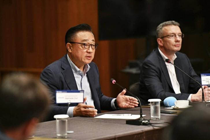 DJ Koh, Samsung Electronics co-CEO