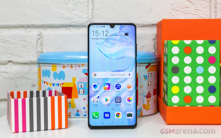 Huawei P30 Pro running Android 9.0 Pie-based EMUI