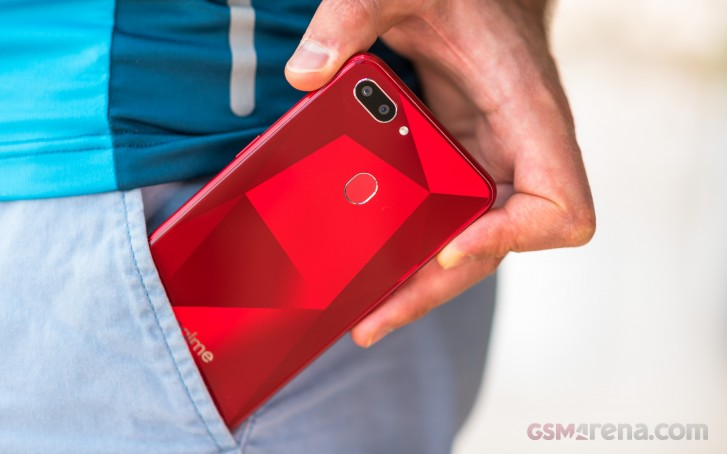 Realme 2 receiving Android Pie-based ColorOS 6 update