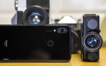 Redmi teases a 64 MP smartphone camera