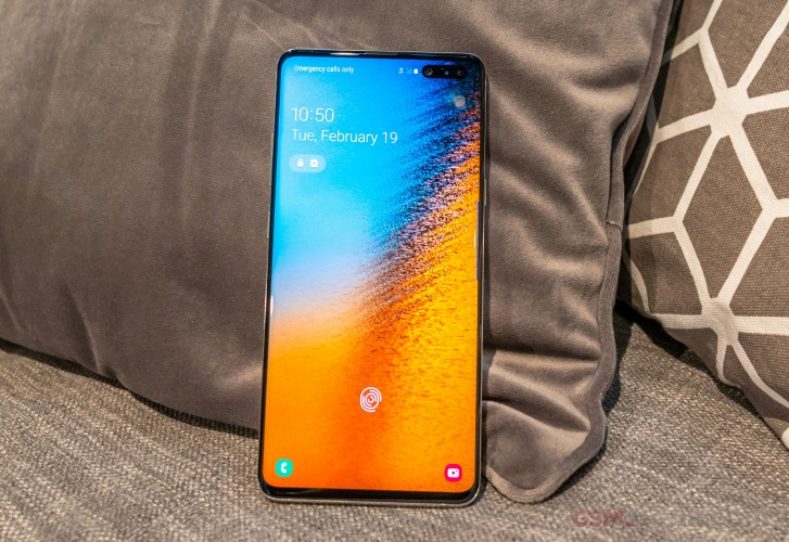 Samsung Galaxy S10 5G gets Night mode and vibration feedback in latest firmware update