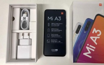 31516f86e56 Live images of Xiaomi Mi A3 and its retail box confirm specs and design