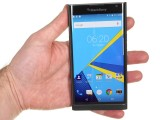 Blackberry Priv review: BlackBerry Priv in the hand