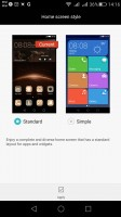Simple homescreen with a Windows Phone style tiled interface - Huawei G8 review