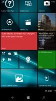 Microsoft Lumia 950 XL review: Tile wallpaper