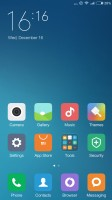 The MIUI homescreens - Xiaomi Redmi Note 3 review