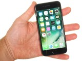 Handling the iPhone 7 - Apple iPhone 7 review