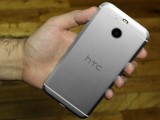 HTC Bolt in the hand: Rear - HTC Bolt: First look