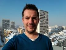 Regular selfie sample - Huawei Mate 8 review