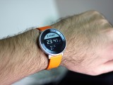 On the wrist - Huawei Fit hands-on