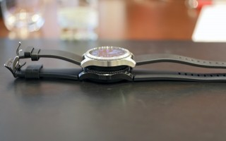 Gear S3 Classic and Frontier hanging out - IFA 2016 Samsung
