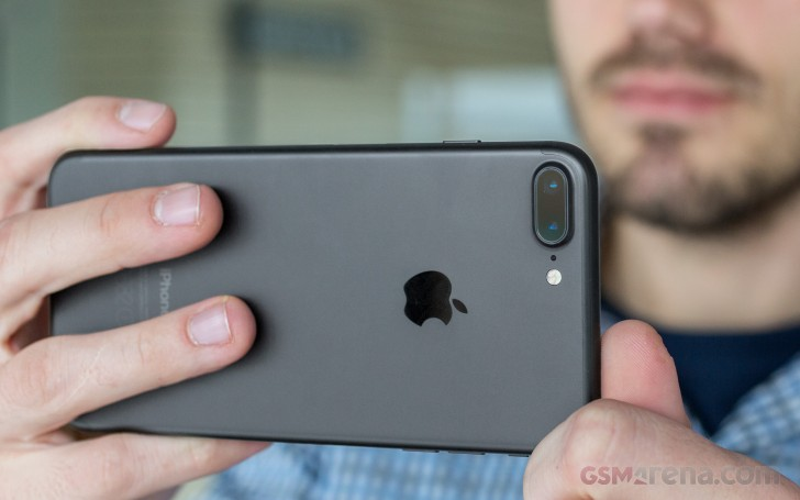 iPhone 7 Plus vs. Pixel XL