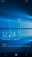 The lockscreen looks clean - Microsoft Lumia 650 review