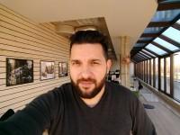 Normal selfie - Motorola Moto Z Play review