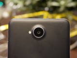 Unimpressive camera with manual controls - MWC 2016 Microsoft