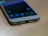 Google Pixel in Very Silver - Pixel Xl Handson review