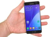 Samsung Galaxy A5 (2016) feels solid, heavy in the hand - Samsung Galaxy A5 (2016) review