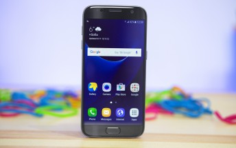Galaxy S7 and S7 Edge $100 off, come with free memory card