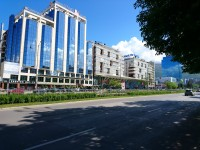 Superior Auto - Sony Xperia X review