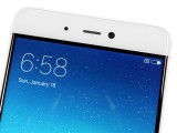 Above the screen - Xiaomi Mi 5s review