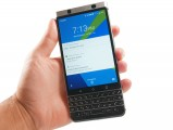 BlackBerry KEYone in the hand - Blackberry Keyone review