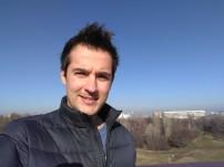Selfie: outside - f/2.2, ISO 101, 1/1146s - BlackBerry Motion review