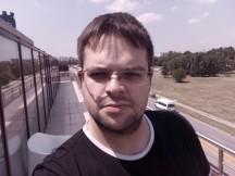 Doogee Mix selfie camera samples - f/2.0, ISO 101, 1/2364s - Doogee Mix review