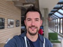 Selfie samples: Blurred background - f/2.4, ISO 54, 1/108s - Google Pixel 2 review