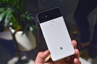 We love the finish on the aluminum back - Google Pixel 2 hands-on review