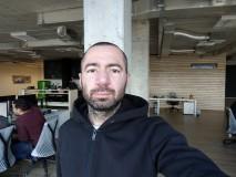HTC U11+ 8MP selfie samples - f/2.0, ISO 76, 1/50s - HTC U11 Plus review