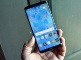Huawei Mate 10 Pro in Titanium Gray - f/5.6, ISO 640, 1/60s - Huawei Mate 10 hands-on review
