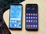 Huawei Mate 10 Pro next to the Galaxy S8+ - f/5.6, ISO 800, 1/60s - Huawei Mate 10 hands-on review
