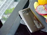 Huawei Mate 10 Pro in Mocha Brown - f/8.0, ISO 1600, 1/20s - Huawei Mate 10 hands-on review