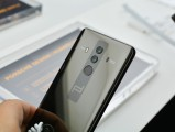 Huawei Mate 10 Porsche Design - f/4.8, ISO 100, 1/90s - Huawei Mate 10 hands-on review