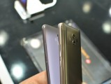 Huawei Mate 10 next to Mate 9 - f/4.0, ISO 560, 1/45s - Huawei Mate 10 hands-on review