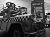 Huawei Mate 10 12MP low-light monochrome indoors samples - f/1.6, ISO 250, 1/33s - Huawei Mate 10 review