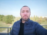 Huawei Mate 10 8MP portrait selfies - f/2.0, ISO 50, 1/240s - Huawei Mate 10 review