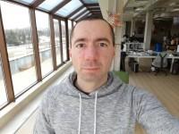 Huawei Mate 9 Pro 8MP selfie samples - Huawei Mate 9 Pro review