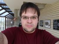 Selfie sample - Huawei P10 Plus review