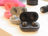 Samsung Gear IconX (2018) - f/5.0, ISO 800, 1/100s - Samsung at IFA 2017 review