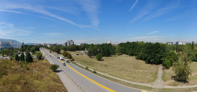 Panorama sample - f/1.6, ISO 50, 1/1857s - LG V30 review