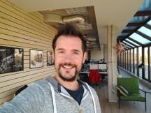Selfie samples in good light: 16MP - f/2.0, ISO 100, 1/50s - Motorola Moto X4 review