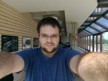 Testing the selfie autofocus - f/2.0, ISO 112, 1/288s - Nokia 3 review
